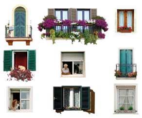 Decoro architettonico condominio finestre